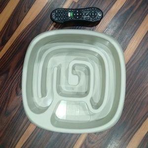 Animal Planet XL size maze feeder dog bowl 🐕